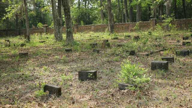 Pebble Hill Plantation cemetery containing graves of slaves and African American workers